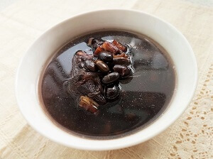 Chinese Black Beans Soup