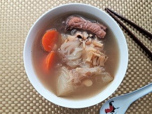 Shark fin melon soup