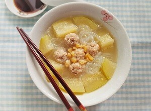 Hairy soup with pork balls