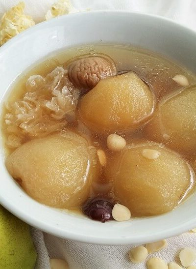 Pear Soup with Pork Ribs