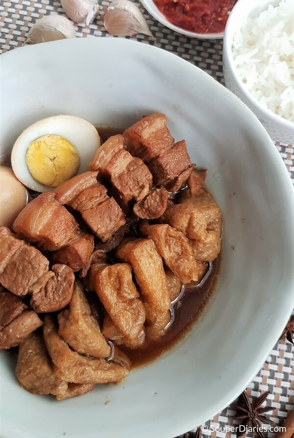 Braised pork belly in soy sauce