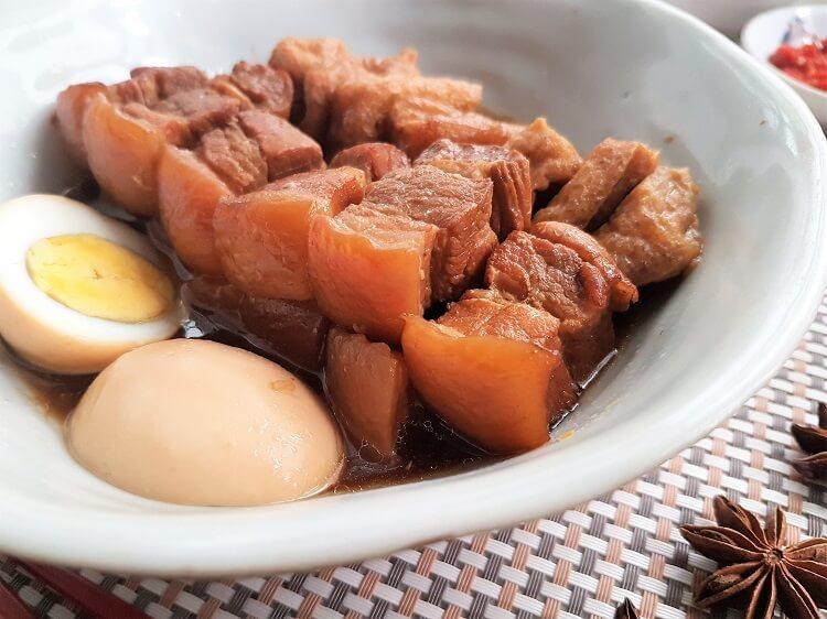Tau Yew Bak Recipe (Braised Pork Belly in Soy Sauce)