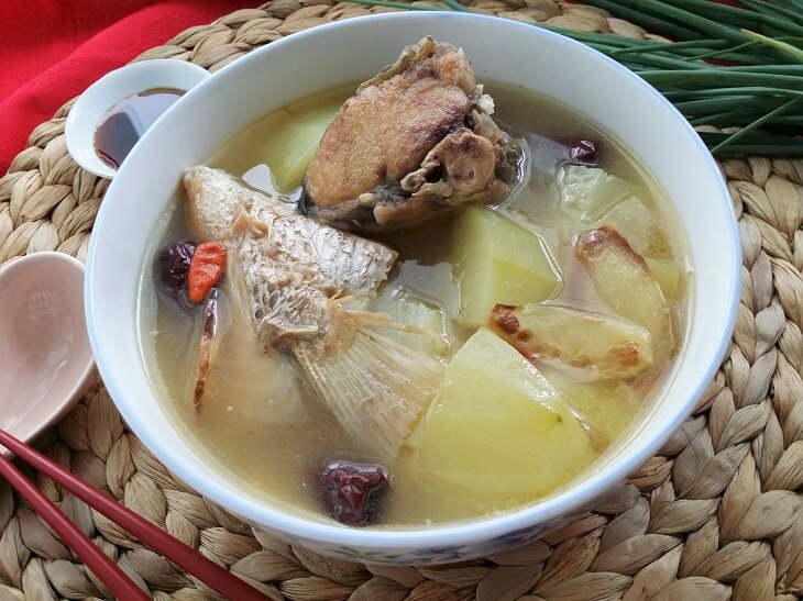 Green papaya fish soup recipe souper diaries for How to make fish soup