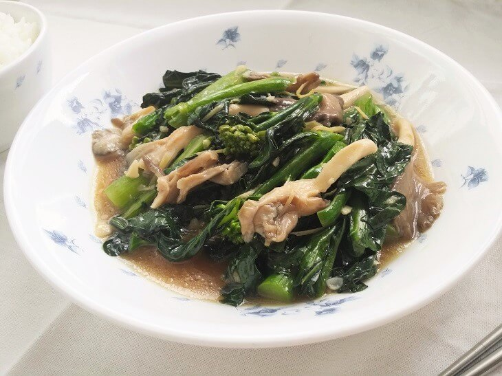 stir fried kailan with oyster sauce
