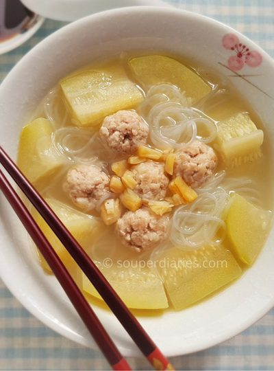 Hairy Gourd with Pork Balls and Glass Noodles Soup