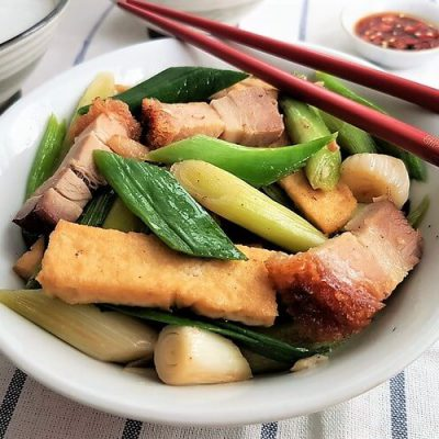 Stir-fried Leeks with Roast Pork and Tofu