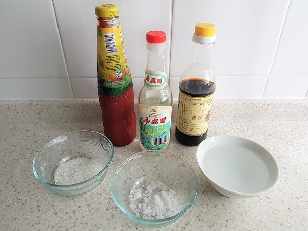 Sweet and sour sauce ingredients