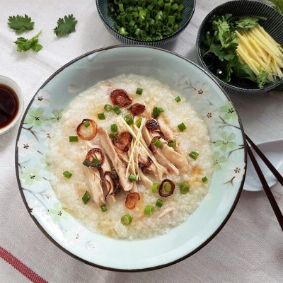 Chinese Chicken Congee with Dried Scallops