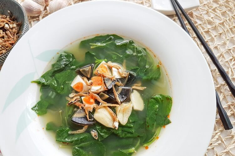 Chinese Spinach Soup (Amaranth Soup)