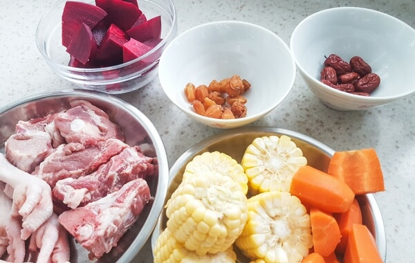 Beetroot soup ingredients
