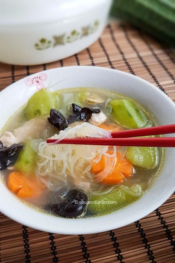 Luffa soup