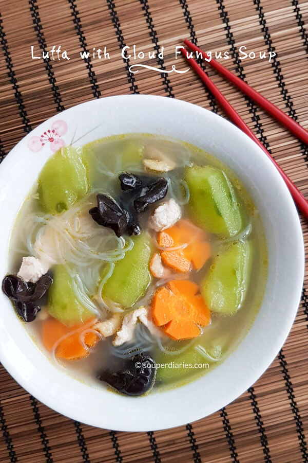Luffa soup with black fungus and vermicelli
